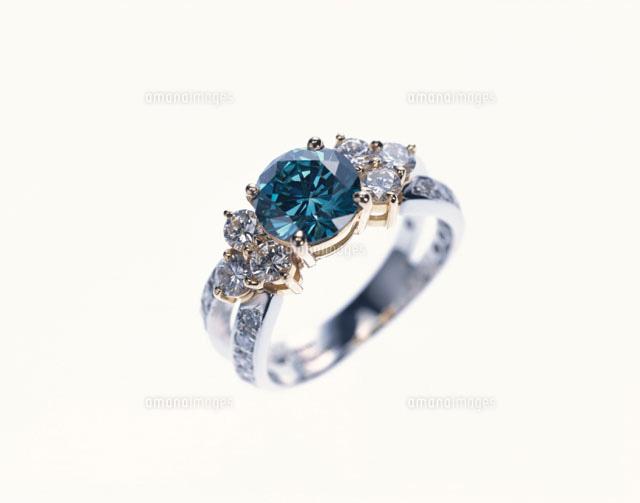 ブルーダイヤの指輪青01165000547の写真素材イラスト素材