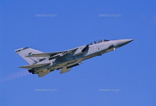 イギリス空軍トーネードF3戦闘機...
