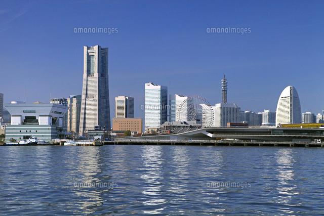 横浜ランドマークタワーとみなとみらい地区01335035590の写真素材