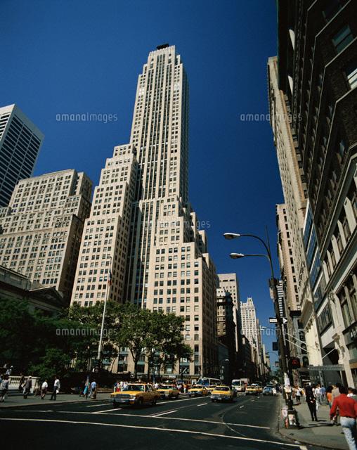 5番街とビル  ニューヨーク アメリカ