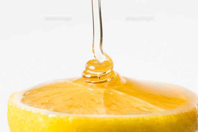 蜂蜜をかけたレモン01651098262の写真素材イラスト素材アマナ