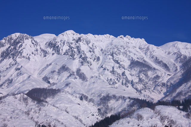 雪の八海山