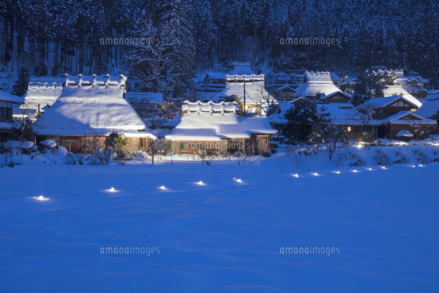 かやぶきの里・雪灯廊