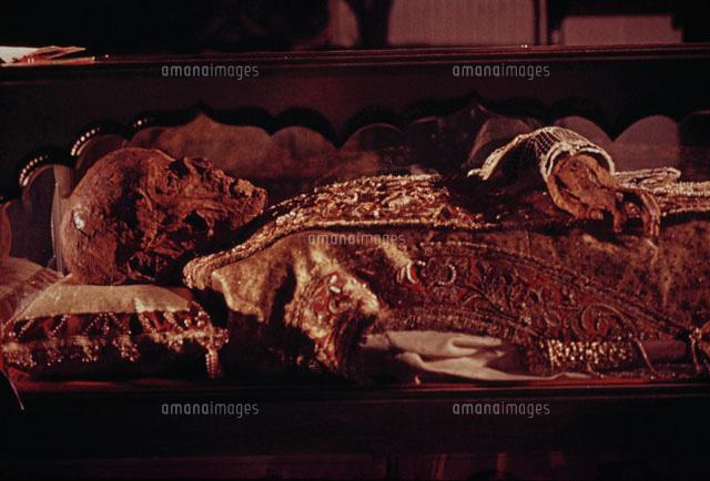 聖フランシスコザビエルの遺体のミイラ ゴア インド