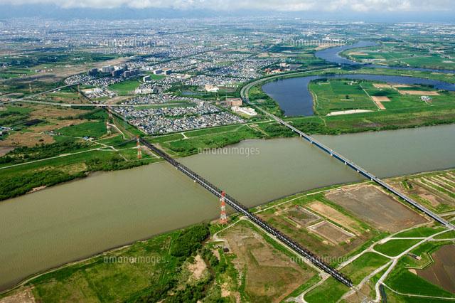 石狩川と札幌大橋の空撮[0228900...