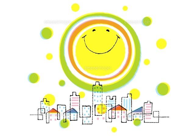 笑顔の太陽と街02438000104の写真素材イラスト素材アマナイメージズ