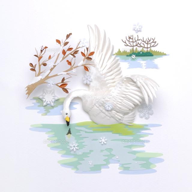 枯れ木の冬景色と白鳥の花鳥風月レリーフ02657000031の写真素材