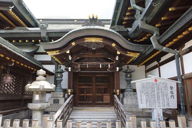 大阪天満宮の西登竜門02768004454の写真素材イラスト素材アマナ