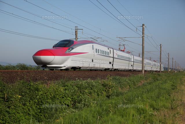 新幹線e6系 こまち の写真素材 イラスト素材 アマナイメージズ