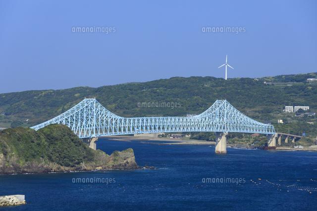 平戸島より望む生月大橋[0278500...