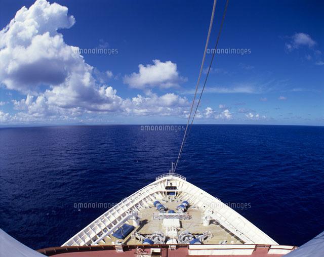 客船の船首[20007002257]| 写真...