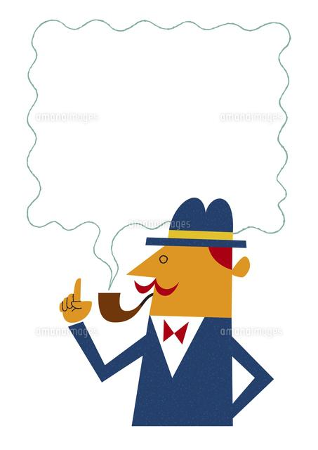 煙が吹き出しになったパイプをくわえる男性20037008018の写真素材
