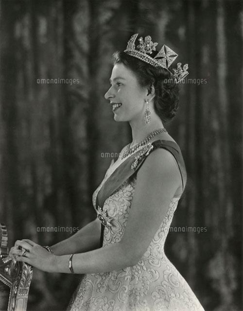 Queen Elizabeth II[20043000628...