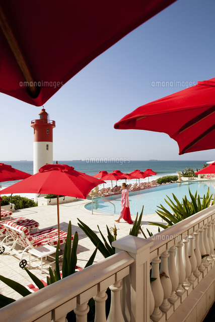 swimming pool with oceanfront in the oyster box hotel umhlanga