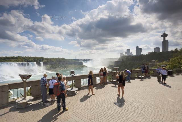 people standing at queen victoria place near niagara falls canada
