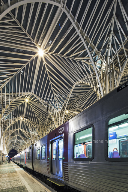 contemporary modern modern steel and glass railway platform canopy