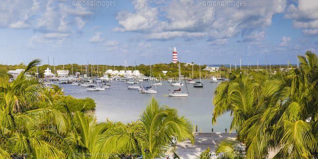 Bahamas, Abaco Islands, Elbow Cay, Hope Town, Elbow Reef Lighthouse - The last kerosene burning mann