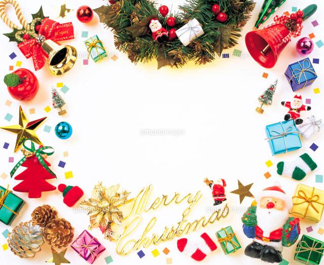 クリスマスグッズで作ったフレーム22257000323の写真素材イラスト