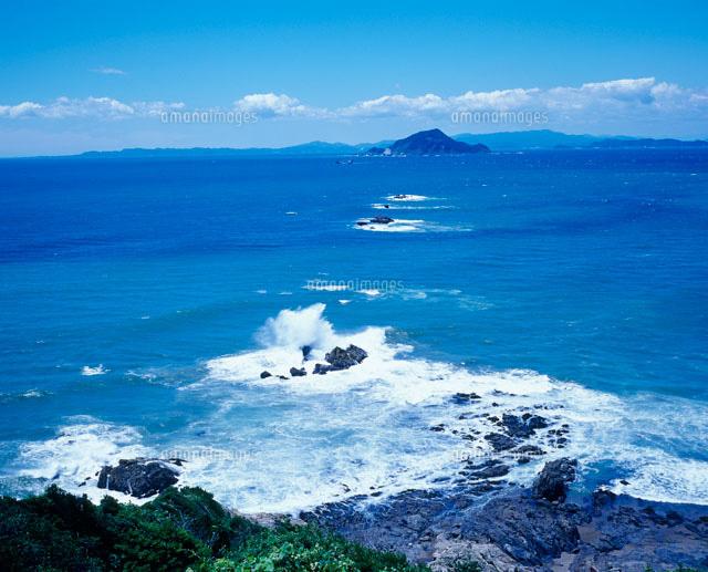 神島と伊良湖水道[22272000181]| 写真素材・ストックフォト・画像 ...