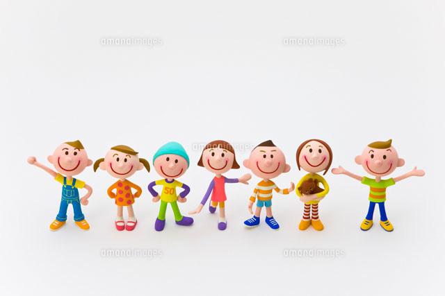 7人の子どもたち22748000402の写真素材イラスト素材アマナイメージズ