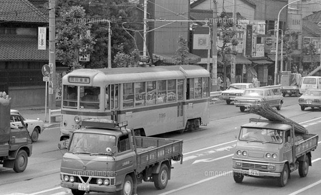 1974年 都電荒川線[22973001182]の写真素材・イラスト素材 アマナ ...