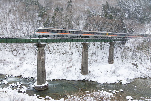 高山本線と飛騨川 飛騨小坂駅~...