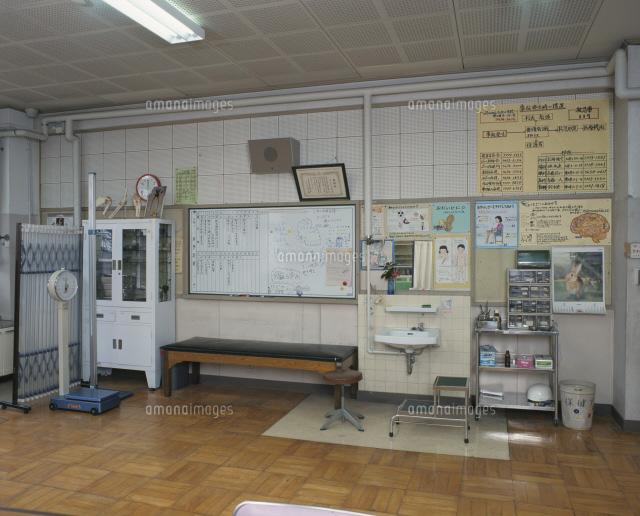 小学校の保健室25617006077の写真素材イラスト素材アマナイメージズ