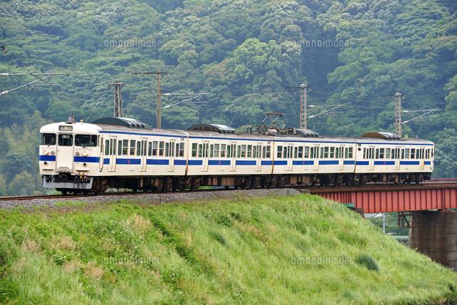 鉄橋を渡る日豊本線の415系普通電車[25668002595]の写真素材・イラスト ...