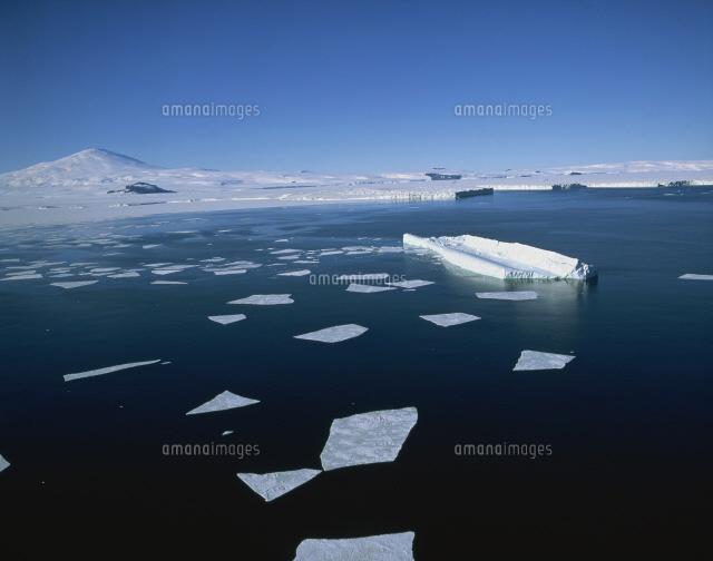 氷山とメルボルン山[25920002770...