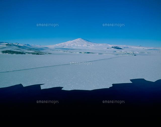 浮氷帯とメルボルン山 ロス海[25...