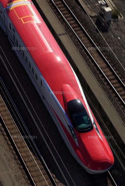 新幹線e6系 秋田新幹線 スーパーこまち の写真素材 イラスト素材 アマナイメージズ