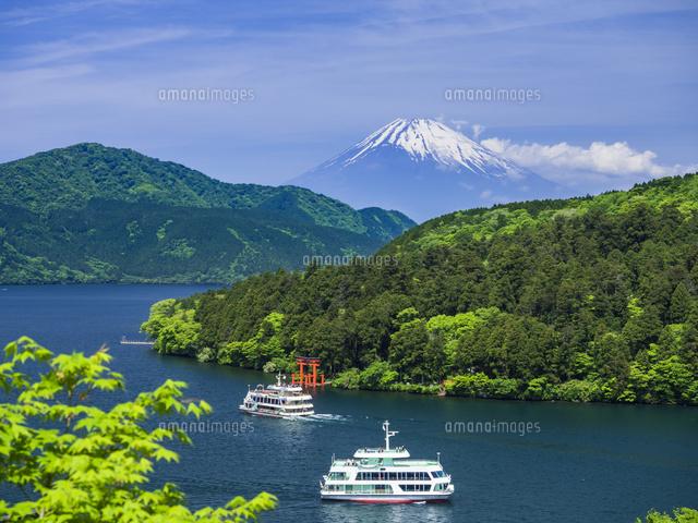 春の箱根 芦ノ湖26033005635の写真素材イラスト素材アマナイメージズ