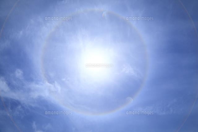 ハロ現象26121036240の写真素材イラスト素材アマナイメージズ