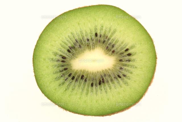 キウイフルーツの果実断面32118003296の写真素材イラスト素材