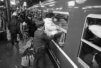 77年1月連休 上野駅の混雑【要事前申請】