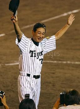 【要事前申請】18年ぶりのセ・リーグ優勝を本拠で果たした阪神・星野監督