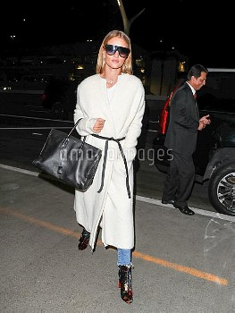 Rosie Huntington-Whiteley departing at LAX Airport