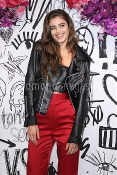 Taylor Hill poses for photos at the Victoria's Secret Tease Rebel Event