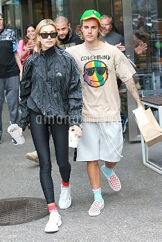 Justin Bieber and Hailey Baldwin seem to be in good spirits again as they go to Shake Shack