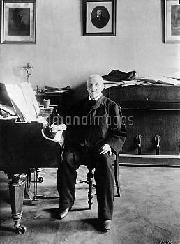 Anton Bruckner at the piano, 1895