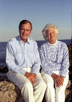 President George Bush and wife Barbara at Walker's Point, Kennebunkport, Maine. August 31, 1990.  31