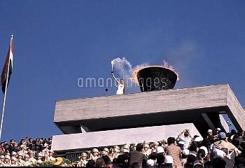 オリンピック  第18回東京大会(日本 1964年) 開会式 クレジット:フォート・キシモト  Olympic Games  The 18th Tokyo(JPN 1964) Opening Cere
