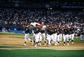 オリンピック  第26回アトランタ大会(アメリカ 1996年) 野球  表彰式 銀メダル 日本代表チーム クレジット:フォート・キシモト 1996年8月2日  Olympic Games  The 2