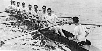 The USA crew that won gold, featuring future pediatrician and author Benjamin Spock (seventh l)