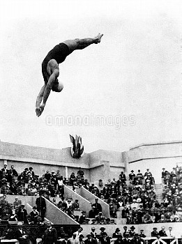 Albert White of the USA winning the final of the 3 metre springboard diving.