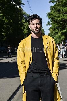 June 20, 2016 - Milan, Italy: Guest outside Fendi show during the Milan Men's Fashion Week Spring/Su
