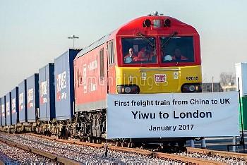 中国からロンドンに貨物列車の第1便が到着