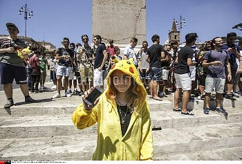 Gathering of Pokemon Go players  at Piazza del Popolo, Rome, ITALY-19-07-2016//AGFEDITORIAL_102111/C