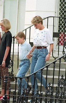 NATIONAL PICTURES    Diana with Will and Harry.  08.06.92