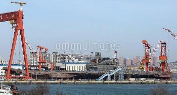 建造中の中国初の国産空母=中国遼寧省大連 China's second aircraft carrier takes shape in Dalian